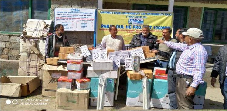 Handing over of items to Block Medical Officer, Dachhan